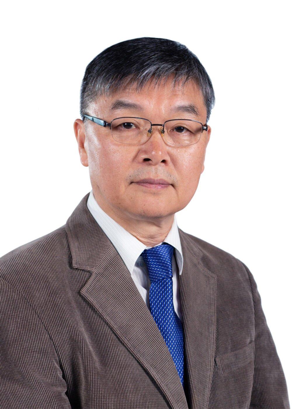 Dr. Lee Choon Heung